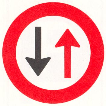 Verbod voor bestuurders door te gaan bij nadering van verkeer uit tegengestelde richting