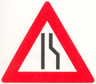Let op: Rijbaanversmalling rechts